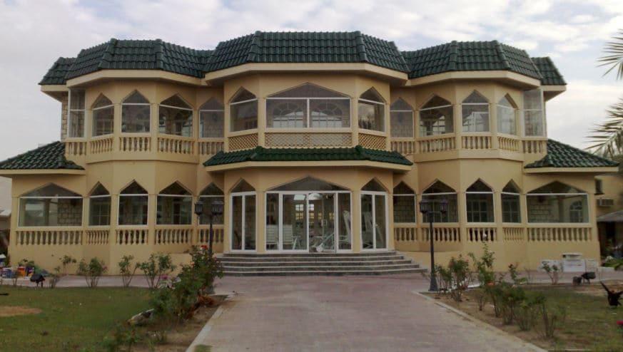 Complete renovated villa (External & Internal)-in Al Mamzar
